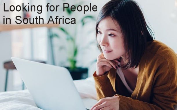 Woman looking for people online in South Africa